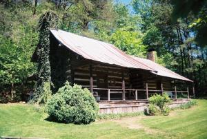Cunningham Cabin (2)